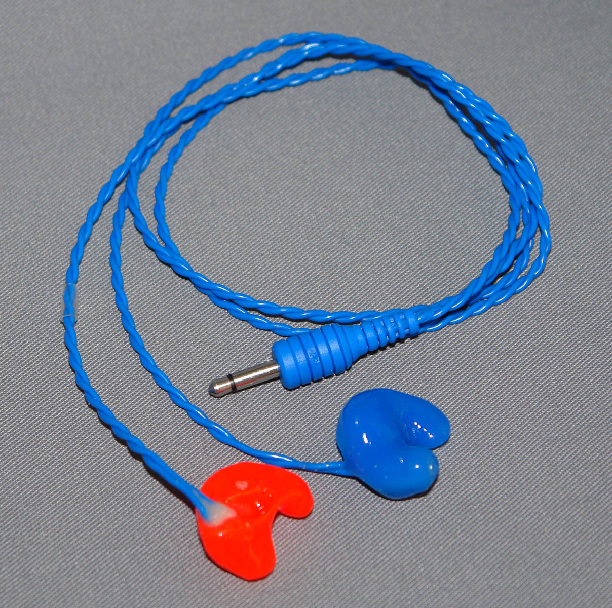 Ear phones with premolded tips